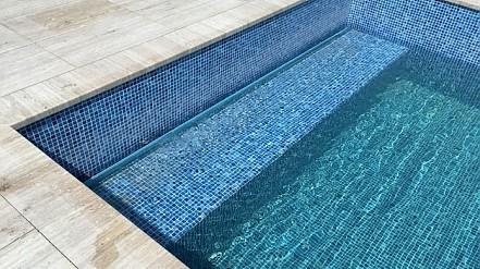 Pool roller shutters 02